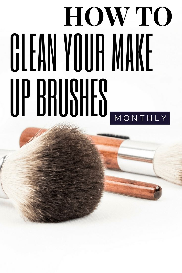 How to clean your make up brushes easily every months. How to quickly clean your make up brushes everyday.