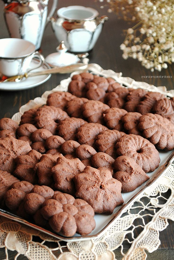 shortbread cookies with chocolate biscuits shoots