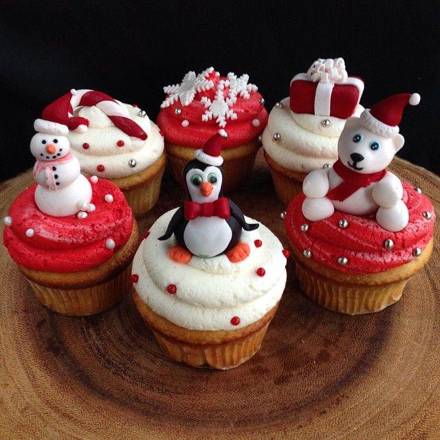 Christmas children's collection #cupcake #customcupcake #christmas #christmascupcake #foodporn #dessertporn #holiday #sassyandsweet #dessert #sweet #treat #vanilla #silver #red #white #polarbear #penguin #snowman #snowflakes #present #gift #candycane #gta #gtabakery #mississauga #mississaugabakery #toronto #torontobakery