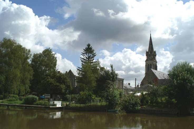 Morannes, Maine-et-Loire. Pop: 1790