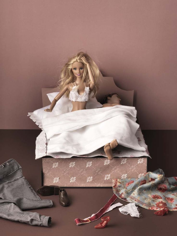 Human interest in JAN Magazine Photography by Frank Brandwijk | 'In Bed with Barbie' 'Photo Illustration' 'Fun'