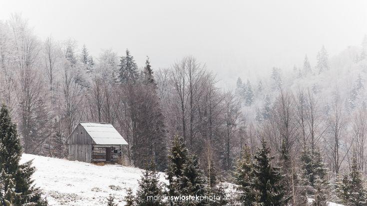 "Did anyone else watch ""Little House on the Prairie"" as a child? 🏠🌄 ☆ 17nd March 2018 @ Gorce, Małopolska, Poland ☆ More: www.marcinswiostek.com/ or link in my profile. ☆ Shutterstock: https://www.shutterstock.com/pl/g/marcinswiostek ☆ iStock: http://www.istockphoto.com/pl/en/portfolio/marcinswiostek --- © 2018 Marcin Świostek Photo. All right reserved. --- #mountains #góry #nature #landscape #winter #snow #Gorce #Turbacz #Małopolska #Polska #Poland"