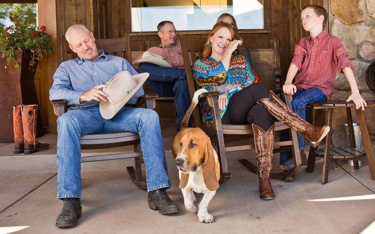 11-17-ree-drummond-ranch-thanksgiving12-slideshow.jpg