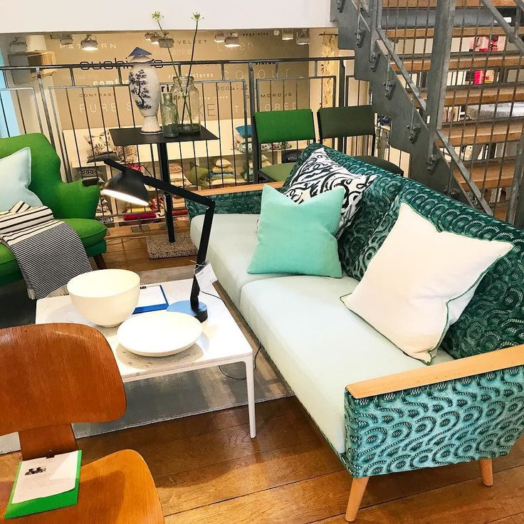 @designers guild employs over 280 people in the UK with offices in #Munich and #Paris. 250 are in the UK with retail stores in Kings Road (above) and Marylebone High Street London.  #design #art #furniture #homeware #visualmerchandising #retail #retaildesign #inspiration  #fasttracktoretail #sales #marketing #businessdevelopment #productlaunch #branddiscovery #productdiscovery #designers