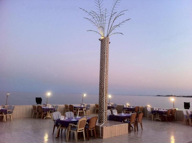 a beautiful sunset at Kiyi restaurant...