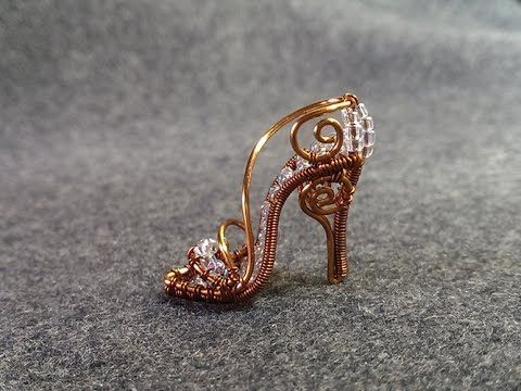 How to make cinderellas mini shoe pendant - DIY - Wire Jewelry Lessons, My Craft....  Discover even more by clicking the image
