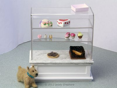 Bend Sheet Acrylic Or Plexiglass For Crafts Using Simple Tools Dolls House Shop Glass Showcase Doll House