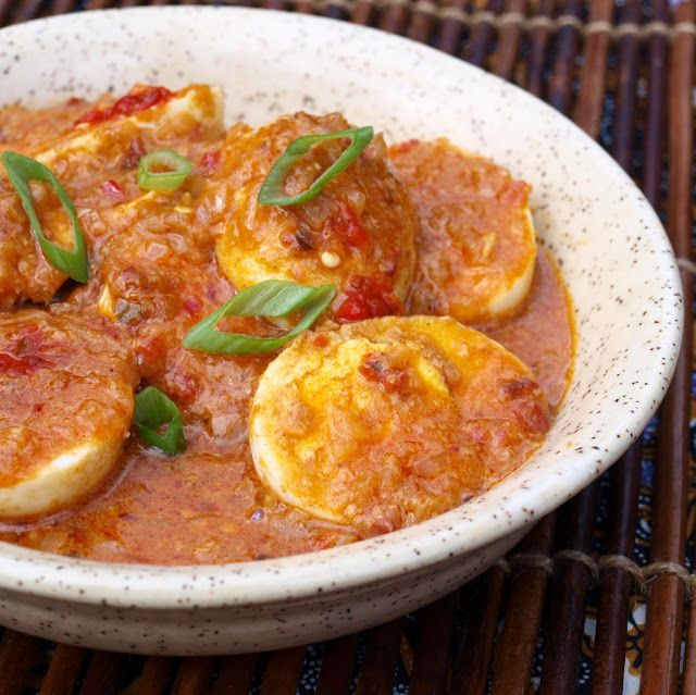 Indonesian Spicy Eggs (Sambal Goreng Telor) #Indonesian recipes #Indonesian cuisine #Asian recipes http://indostyles.com