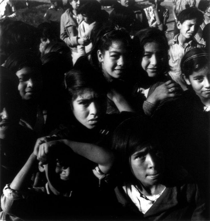 Dorothea Lange, Pea pickers' children, Nipomo, California, 1935.jpg
