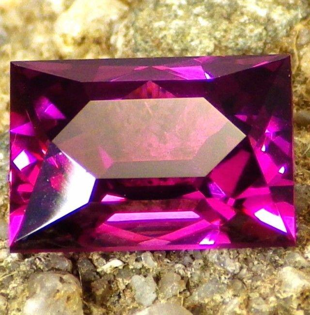 $250 OFF!  3.14 ct RARE NEON PURPLE RHODOLITE/MALAWI GARNET!  FLAWLESS~ pink gemstone, pink garnet  , gemstone