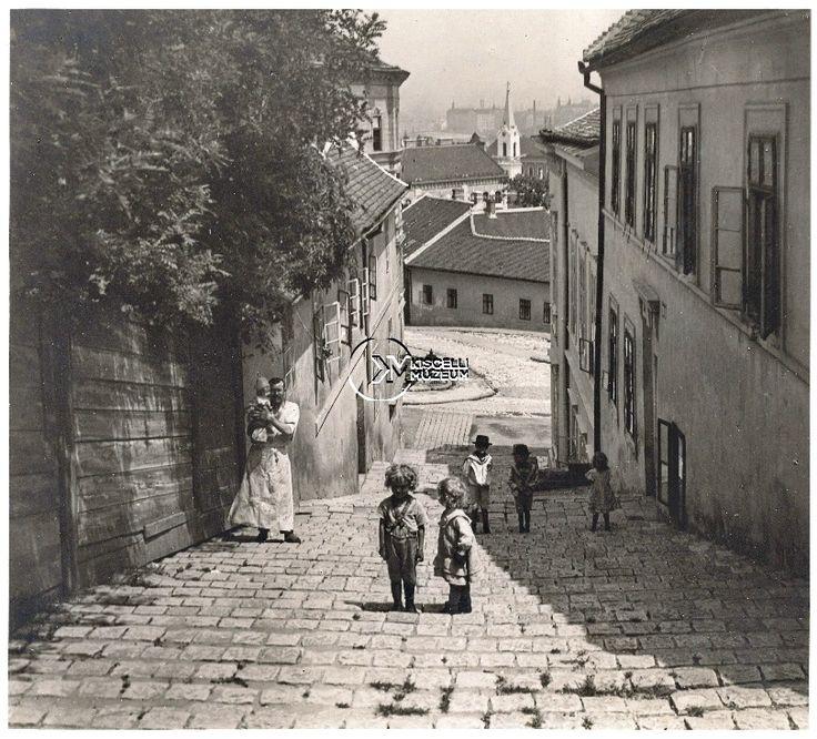 A Szalag-lépcső, 1925 körül (Erdélyi Mór felvétele, BTM Kiscelli Múzeum Fényképgyűjtemény)