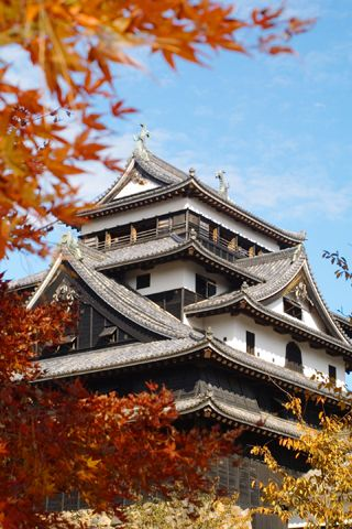 Matsue-jo Castle.Looking for more information aboout Shimane? Go Visit Matsue Tourist Association.    http://www.kankou-matsue.jp/