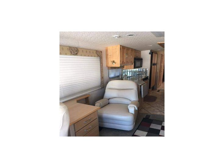 Check out this 2003 Itasca Horizon 39QD listing in Carrollton, VA 23314 on RVtrader.com. It is a Class A and is for sale at $52900.