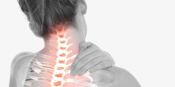 Kiedy boli nas ząb – wiemy co robić. Gdy doskwiera nam ból kręgosłupa, schemat naszego działania jest zupełnie inny. 84 proc. Polaków uskarża się na bóle kręgosłupa. Zaledwie połowa podejmuje leczenie. To błąd – alarmują specjaliści!
