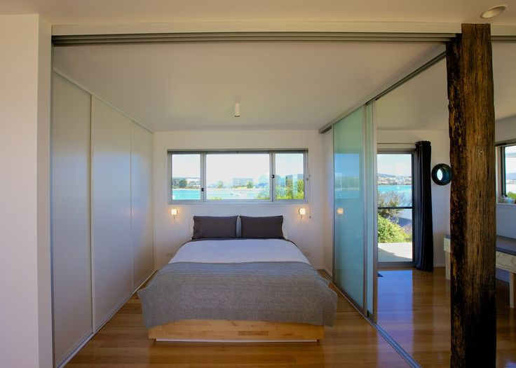 A bed with a view of the stars and the sunrise…sandtemple at Cremorne
