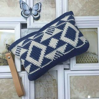 Tina's handicraft : crochet bag blue & white