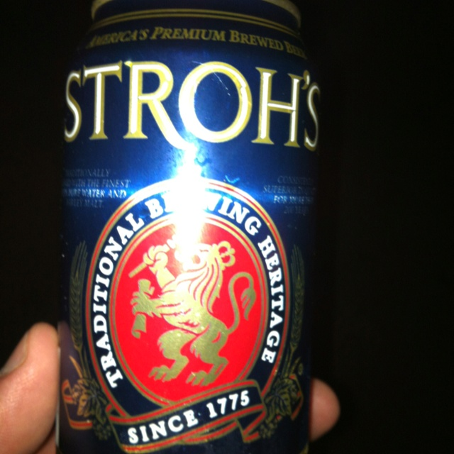 Fire brewed strohs .. It feels like 1985 !: Fire Brewing, Brewing Stroh