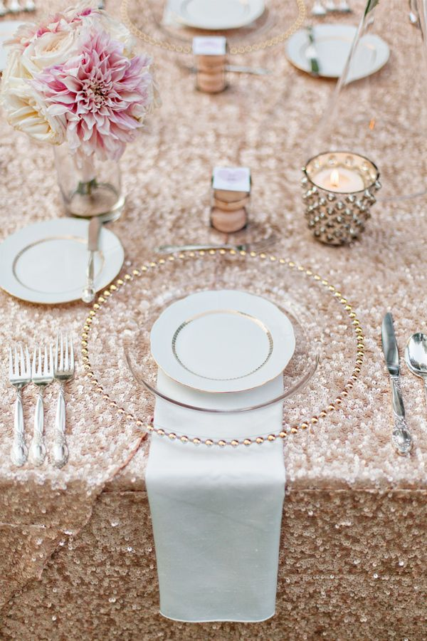 Sequin table linen, clear charger with gold detail. LOVE the sequin table linen