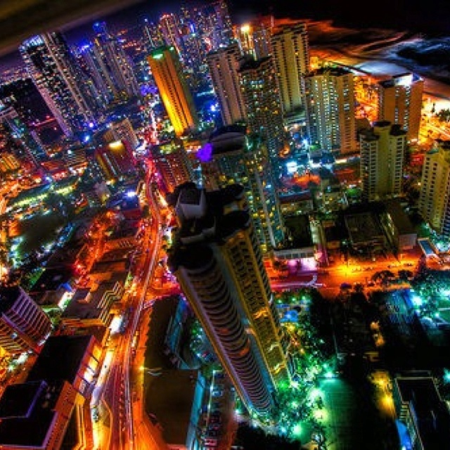 cyberpunk atmosphere city lights cyber oscity pinterest city lights concept art and photos. Black Bedroom Furniture Sets. Home Design Ideas