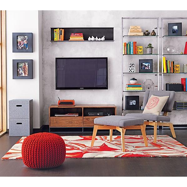 rack above TV  knittedpouftessowallJN13