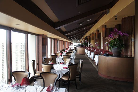 ハワイの天空レストランで熟成肉をガブリ 「肉のプロ」が経営するステーキハウス|おもてなしハワイ|CREA WEB(クレア ウェブ)