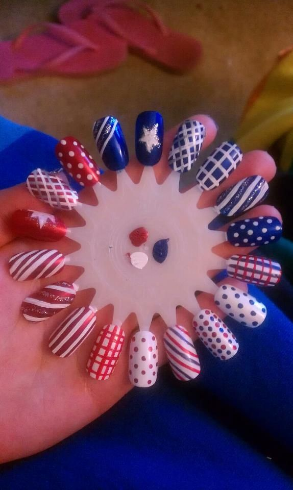 Practice wheel nail art, holiday design inspirations, Fourth 4th of July, Memorial Day, Christmas, red, white, and blue, free hand nail art
