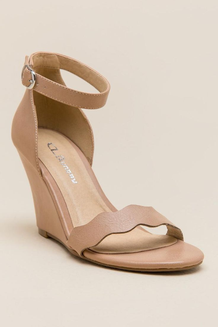 CL by Laundry Best Match Scalloped Wedge