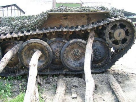 Wrecked German Panther tank found in Ukraine in 27 stunning images. Now is on…