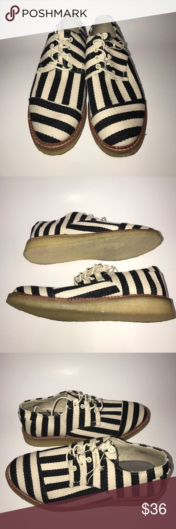 """Toms Men Shoe Black and White Stripe Size 9m New Shoe 9/10 Never worn. Toms Men Shoe Black and White Stripe Size 9m TOMS:""""With every pair purchased TOMS with give a pair to child in need. """" Toms Shoes Chukka Boots"""