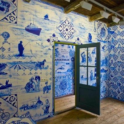 Delft Blue wallpaper by Hugo Kaagman @ Zuiderzeemuseum Enkhuizen, The Netherlands