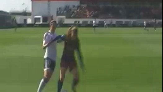 Aimez vous le football féminin ? http://www.dailymotion.com/video/x4nmjxo_aimez-vous-le-football-feminin_sport