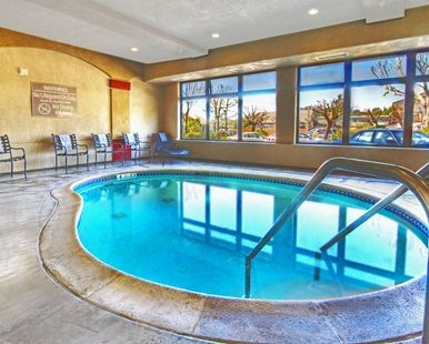 Hampton Inn Santa Cruz Hotel, CA - Indoor Pool