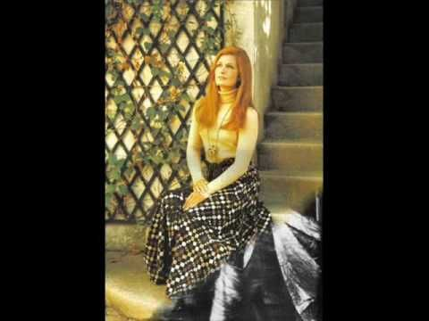 ♥♥ღPatrícia Sallum-Brasil-BH♥♥ღ DALIDA Gigi l'amoroso (italian version) - YouTube