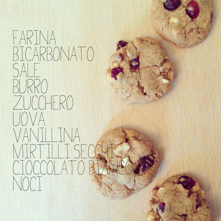 biscotti con cioccolato e mirtilli