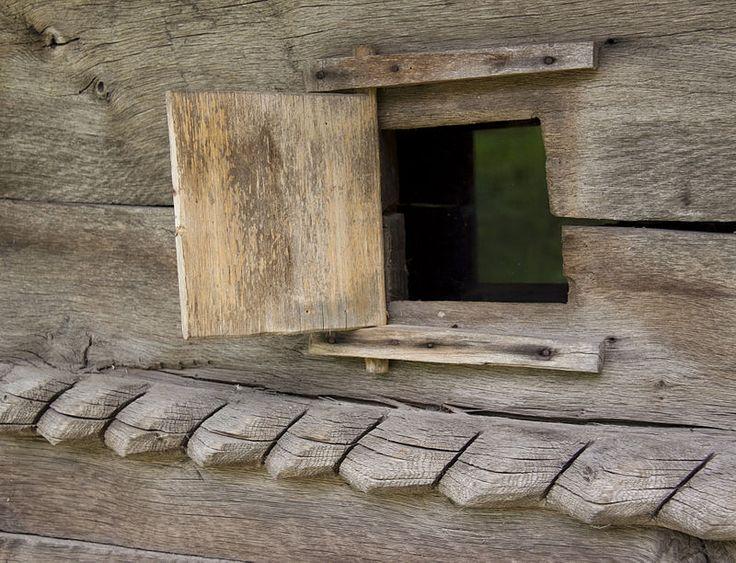 Palanga VL.bislemn.oblon altar - Biserica de lemn din Palanga - Wikipedia