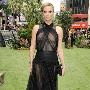 Charlize Theron, stole the show dressed in Christian Dior Couture at the Snow White and the Huntsman Premiere.  I love that its sheer without being trashy!!