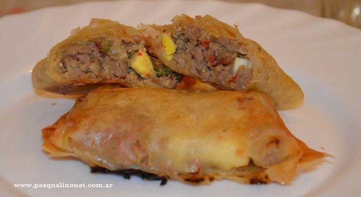 las empanadas arabes son sabrosas y de muy buen gusto para las comidas familiares.