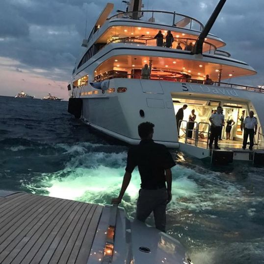 Lavish Lawyer — Yacht party