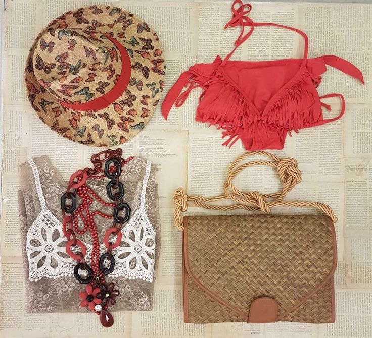 Red passion 🌹 #red #passion #hat #flowers #butterfly #bikini #bag #necklace #accessories #bikinilovers #summervibes #colors #styleoftheday #ss17 #indaco #fashion #bojuà