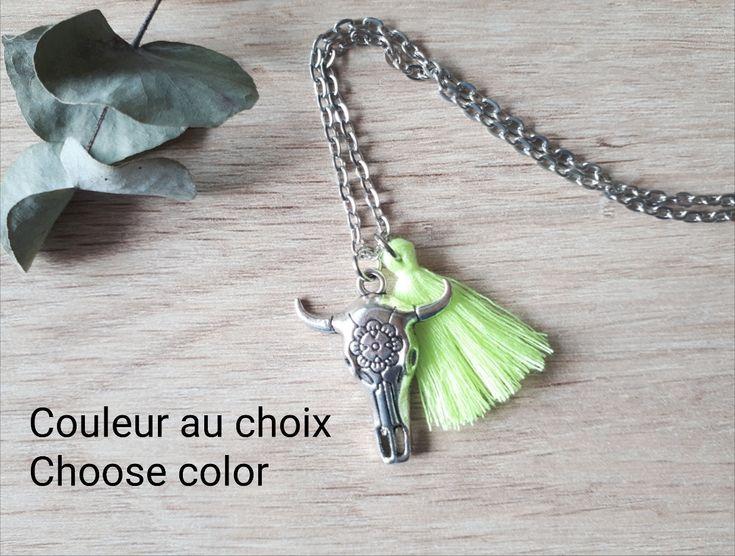 Collier tête de buffle, sautoir pompon, collier pompon fluo, sautoir ethnique, collier femme personnalisable, collier couleur au choix