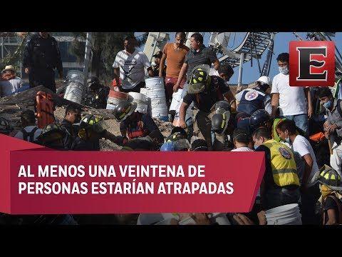 Llegaron voluntarios del Instituto Politécnico Nacional, brigadas de la delegación Cuauhtémoc, de la Policía Federal, y de Protección Civil del Gobierno de la CDMX, que hacían filas para sacar escombros con cubetas