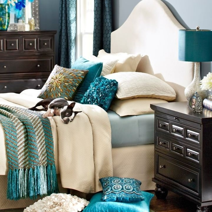 Pier One Bedroom - Something about blue just livens up any room!