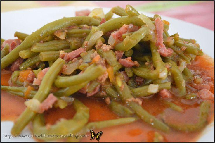 Haricots verts aux dés de jambon et allumettes de bacon