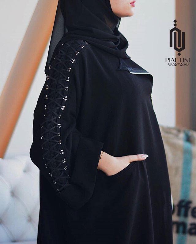 Repost Wa3d Model من زادت همومه طالع محياك وجهك نموذج للفرح والسعاده تصميم Piaf Line تصوير Abaya Fashion Edgy Fashion Outfits Abaya Fashion Dubai