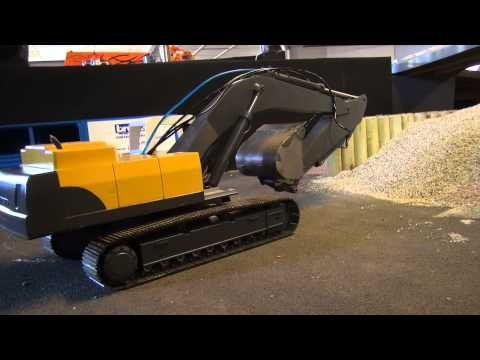 Rc Trucks (Midtjyskrc 17-01-2015 The only one of its kind) - YouTube