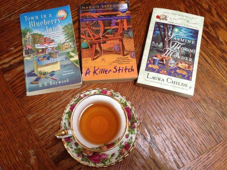 My three finds today at the Used Book Store. Enjoying with a cup of Fuzzy Peach Black tea...Yum.