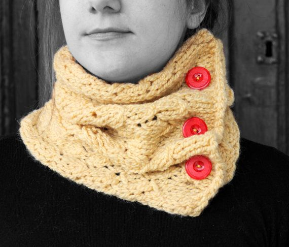 Neck warmer light yellow  red buttons by MmeDefargeYarnworks
