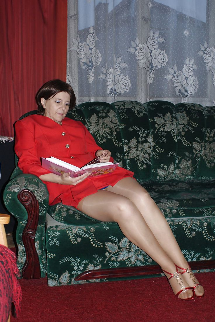 Pin by Alexa on Mature Pantyhose | Dress with stockings