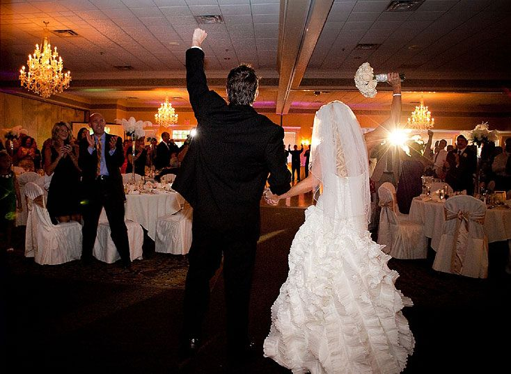 You will surely get some sort of help in finding an Indianapolis Wedding Videographer for your Indiana Wedding Videography after this video.