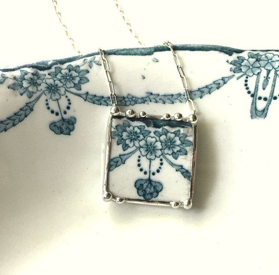 Beautiful Edwardian teal blue green floral broken china jewelry necklace